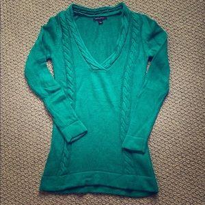 Small green sweater by Banana Republic